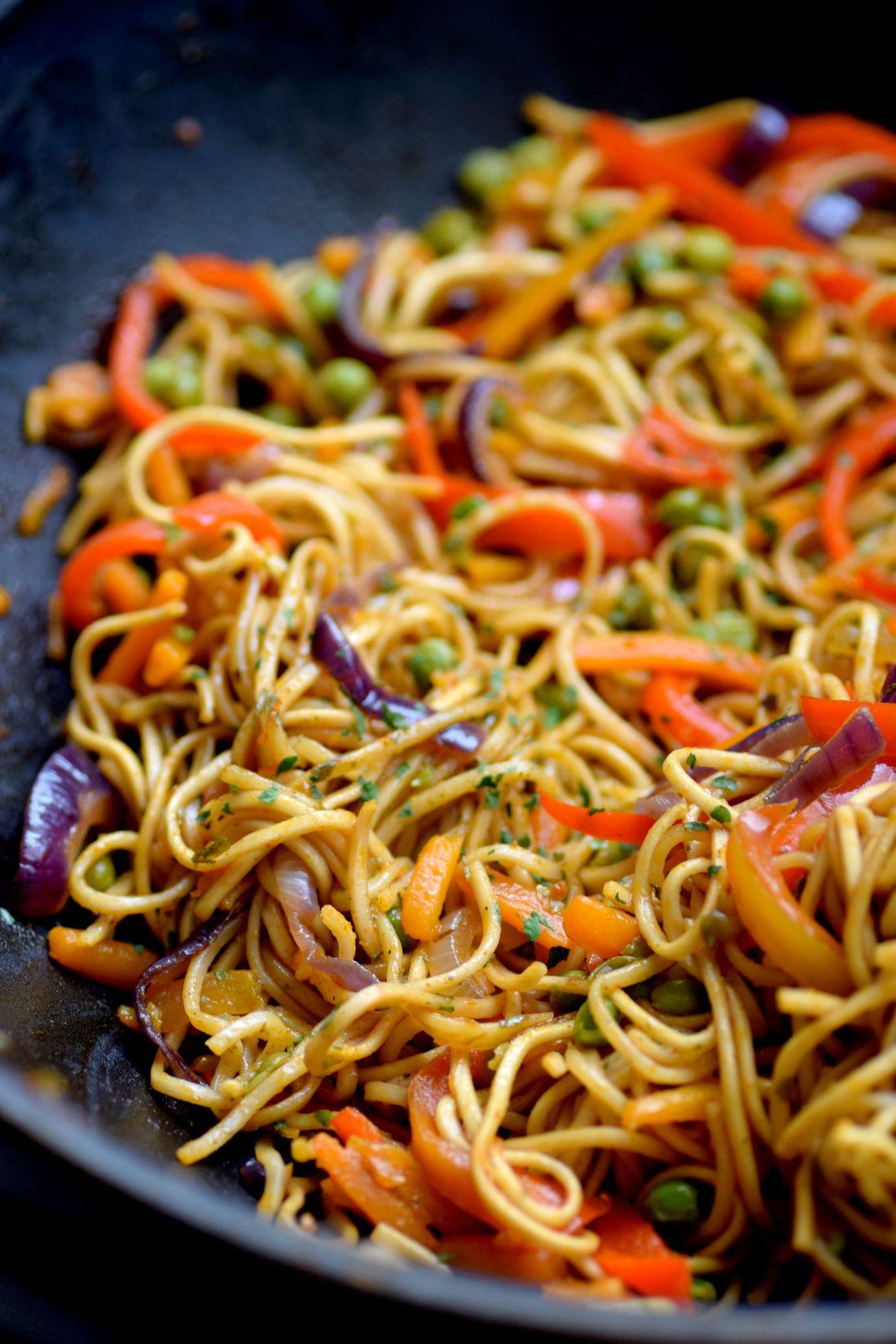 Nouilles sautées aux légumes